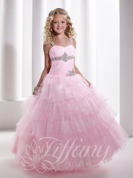 Beautiful! I've also see a dress like this that is off the shoulder for teens and it's even more gorgeous!