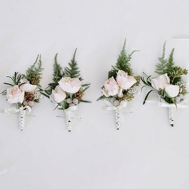 Boutonnières for the Groomsmen :)