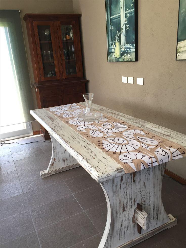 Tavolo restaurato. Patina