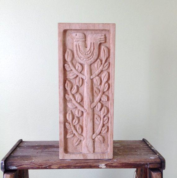 Vintage Scandinavian Wood Knife Block, Hand Carved Wood Knife Rack  https://www.etsy.com/uk/listing/218636478/vintage-scandinavian-wood-knife-block?ref=shop_home_active_1
