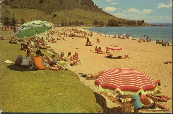 Bill✔️   Mt Maunganui beach circa 60's or 70's. Notice that we've gone through stages in sand, golden beach 'back in those days' and now it's a bright Silver sand!      Bill Gibson-Patmore.  (curation & caption: @BillGP). Bill✔️