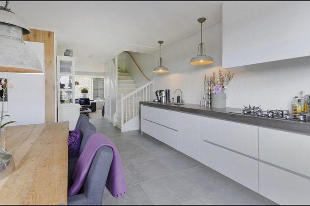 Keuken met betonblad 4200 x 700 x 80 mm Concrete countertop 4200 x 700 x 80 mm