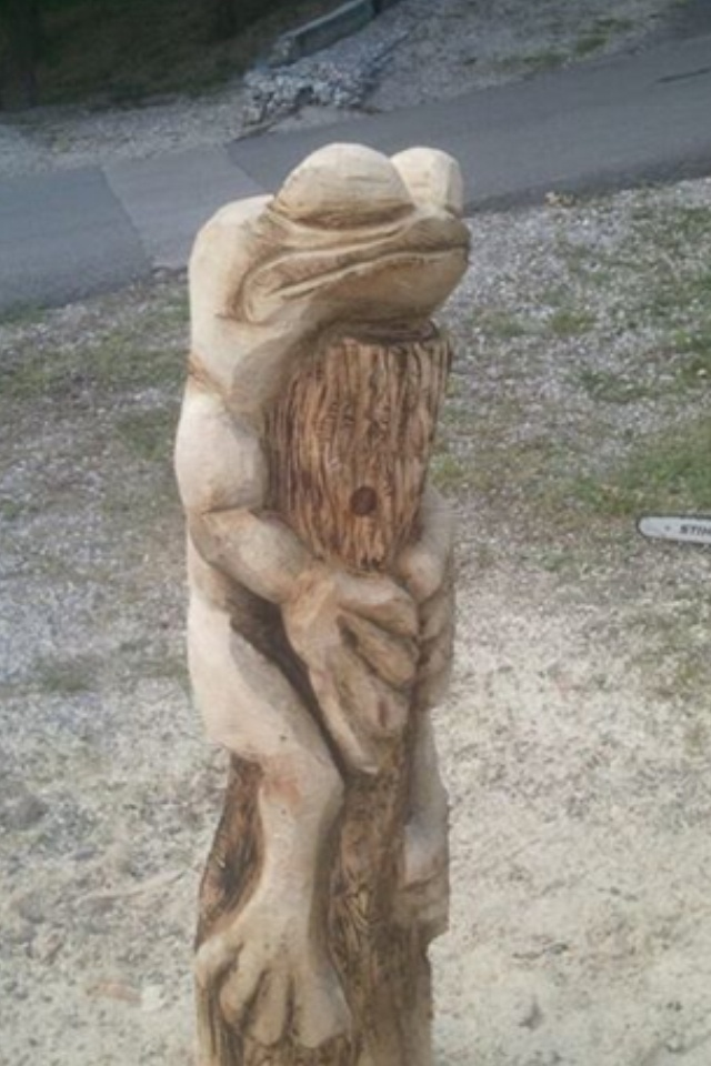 Best carved trees images on pinterest tree carving