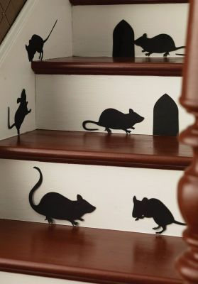 LOVE THESE!!!!  I want them for my laundry room! Martha Stewart Crafts® Halloween Mice Silhouettes
