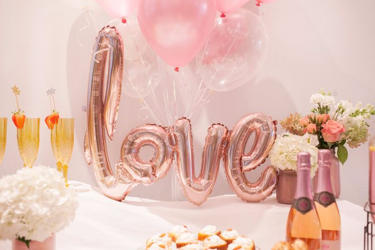 Stunning rose gold air-filled LOVE balloon. Love is in the air. Get your hands on this amazing party box, perfect for your next party.
