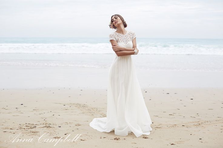 The Scarlet dress from the Anna Campbell 'Spirit' Collection www.annacampbell.com.au Image: 35mm Wedding Photography
