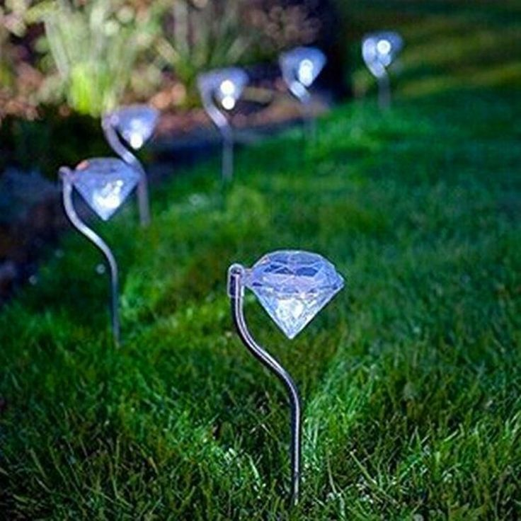 Diamond Shaped Outdoor LED Solar Light/ Lawn Lamp / Garden Lights