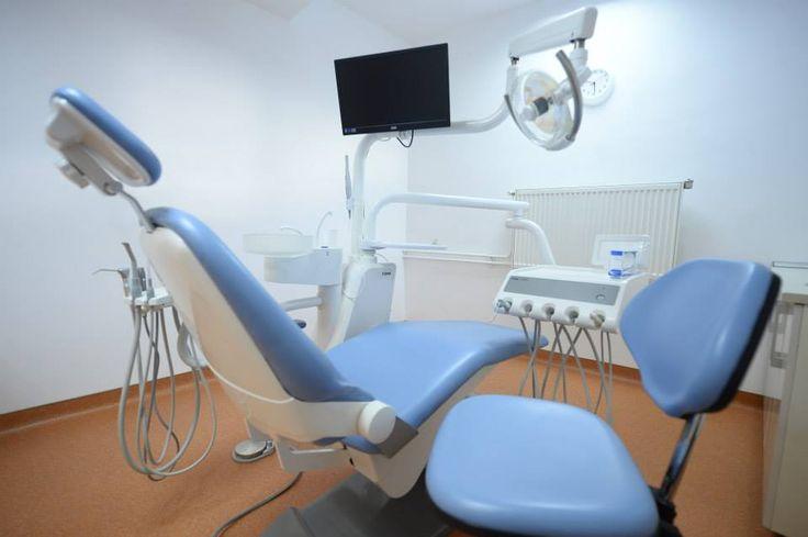 Studio dentistico e dentisti all'estero per voi ! Vi invitiamo a vedere  la nostra clinica dentale qui e contattaci subito!http://www.intermedline.com/dental-clinics-romania/ #clinicadentale #clinicadentaleinRomania #clinicaodontoiatrica #clinicaodontoiatricainRomania studiodentistrico #studiodentisticoinRomania #clinichedentali #clinichedentaliinRomania #turismodentale #turismodentaleinRomania #turismoodontoiatrico #turismoodontoiatricoinRomania