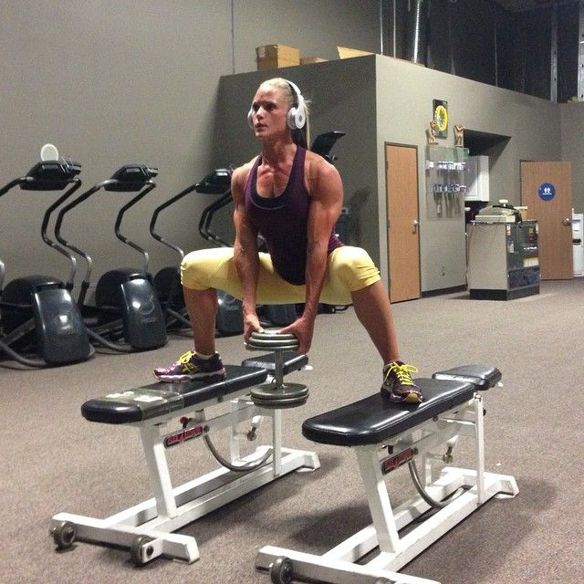 Sumo squat on benches   Exercise-Glutes   Pinterest   Sumo ...