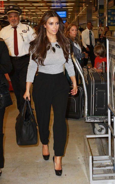Kim Kardashian Fashion and Style - Kim Kardashian Dress, Clothes, Hairstyle - Page 25