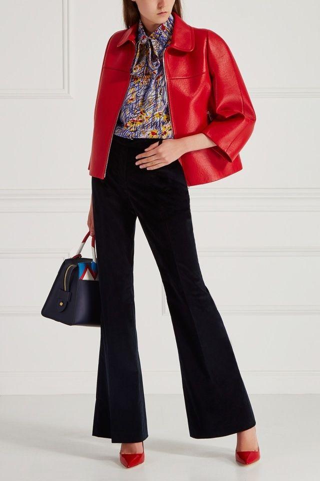 Кожаные туфли Prada - Туфли-лодочки из красной лакированной кожи сделают ваш образ незабываемым в интернет-магазине модной дизайнерской и брендовой одежды