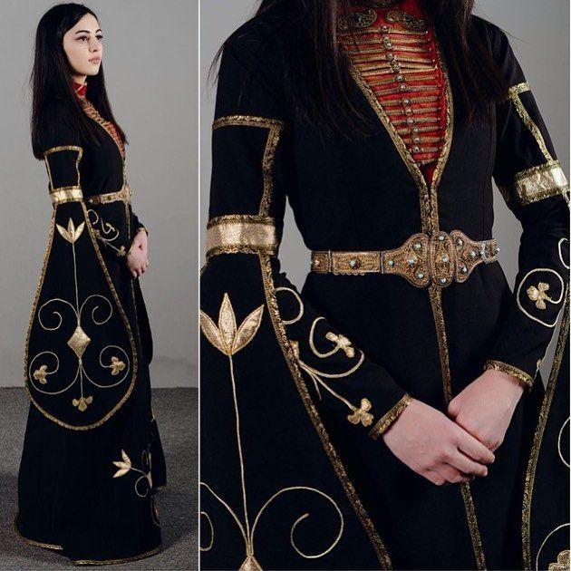 #Adygeya @ruzannaparanuk #caucasus #кавказ #style #design #fashion #etnik #этно #алыгея #dress #национальноеплатье #beauty