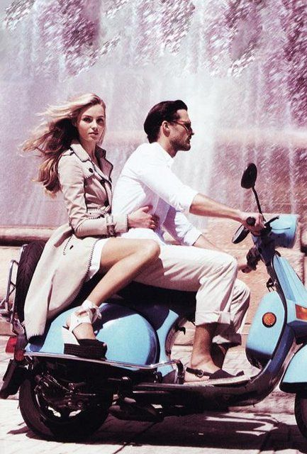 fabulous vespa...want one so badly!