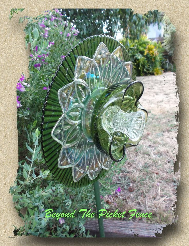 1000 images about recycled glass sculpture on pinterest for Flowers made of glass