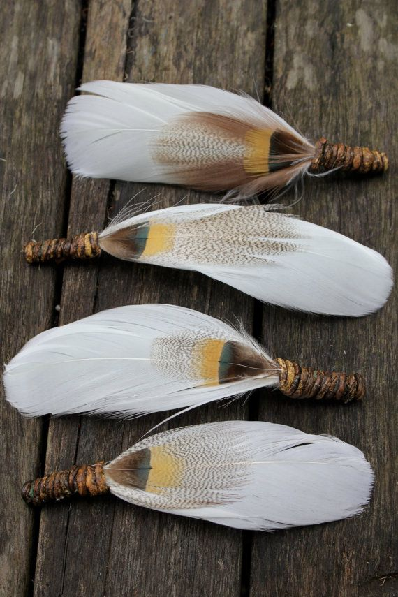 FREE SHIPPING 4X Snow Owl Feather Boutonnieres by flowersbythevase