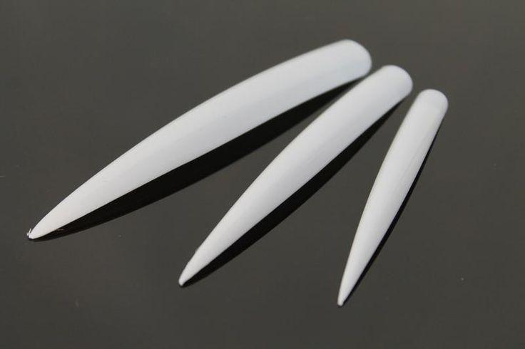24 st extra långa vita stilettotippar för nagelförlängning