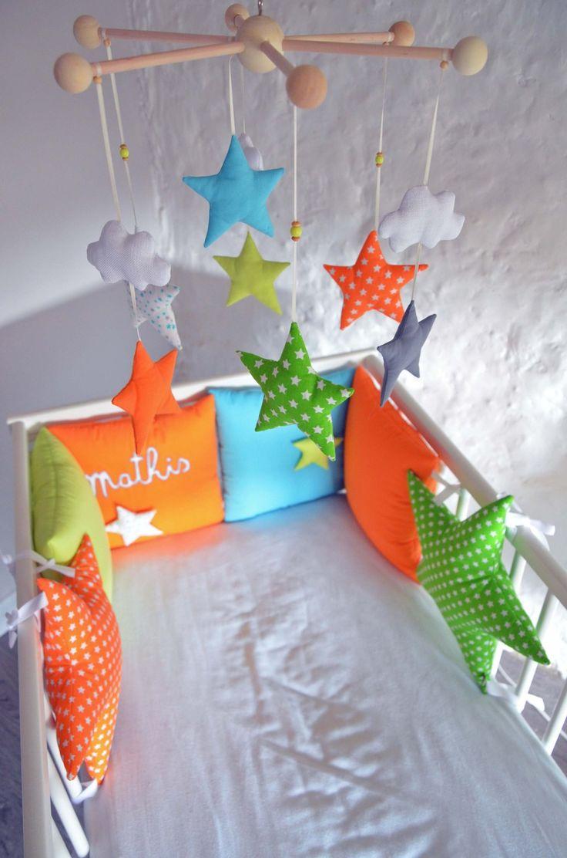 Les 25 meilleures id es de la cat gorie chambre d 39 enfants orange et bleue sur pinterest cr che for Chambre orange et vert anis
