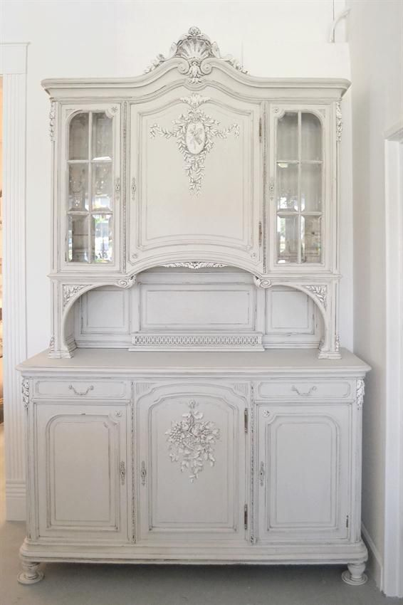 1000 images about all things chalk paint on pinterest for Antiquing kitchen cabinets with chalk paint