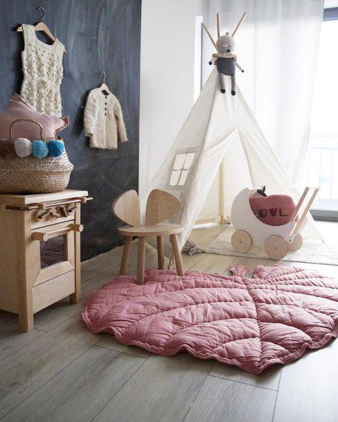 Kids Teepee tent #moozleteepee #kidsteepeetent #kidsblog #kidsproductstyling #childrensroominspo #playroom #nurserydesign #prettygirlsroom #teepee #tipi #nyearthur