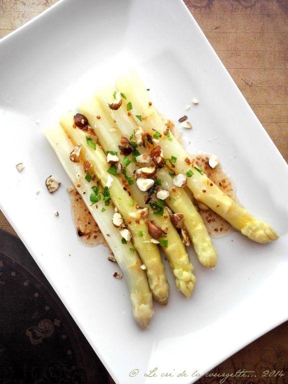 les 25 meilleures id es concernant asperges blanches sur pinterest asperges blanches recettes. Black Bedroom Furniture Sets. Home Design Ideas
