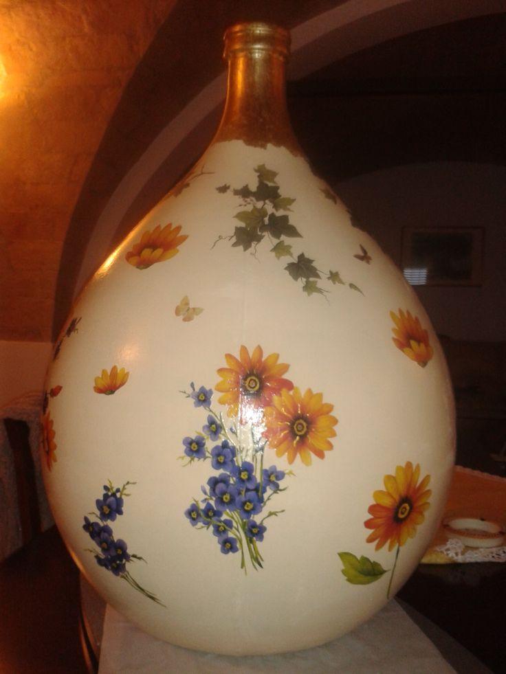 #damigiana #fiori #fioridicampo #fogliaora #hobby #decoupage #decorazioni