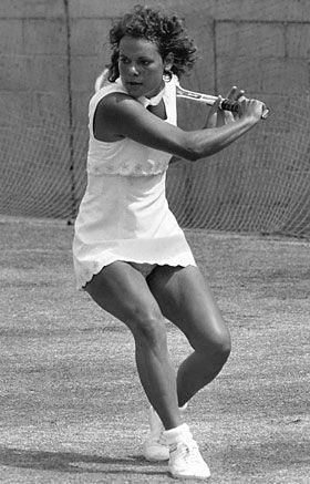 Evonne Goolagong Cawley  Australian champion 1974, 1975, 1976, 1977  #vintage #tennis