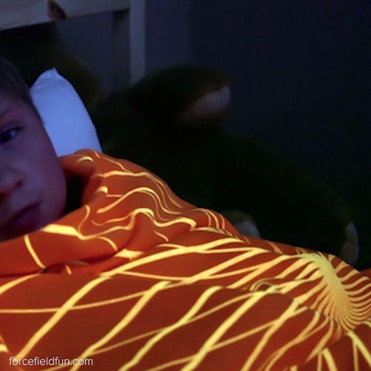 Glow In The Dark Blankets // #glowinthedark #blankets #kids #nifty