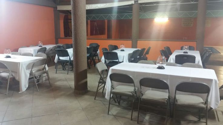 Rento palapa para fiestas familiares, Aniversarios, despedida de solteras (os), etc. Cupo 150 Personas, con mesas, sillas y manteleria.