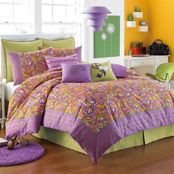 A purple  green and orange bedroom. 17 best ideas about Purple Green Bedrooms on Pinterest   Seeds