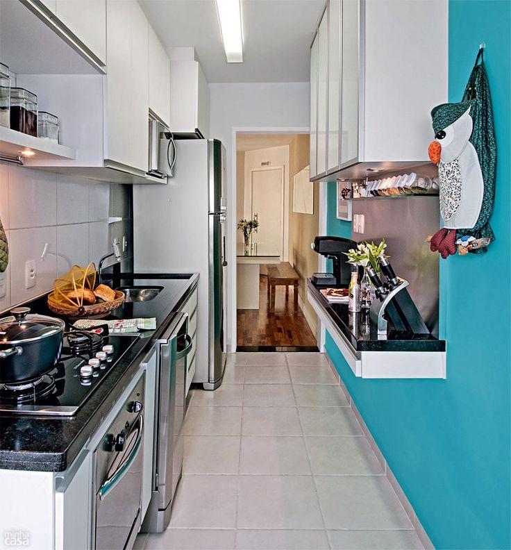 Charming Cozinha Em Formato De Corredor é Um Terror? Não Necessariamente. Home  Interior DesignSmall KitchensHome ... Part 25