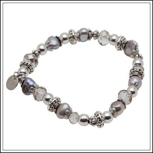Armband från Pearls for Girls för lite äldre tjejer och vuxna