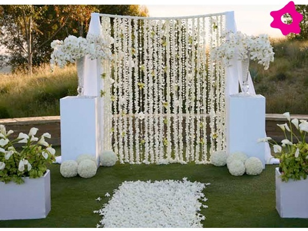 Cortina de flores boda blanco pinterest bodas for Decoracion para casamiento