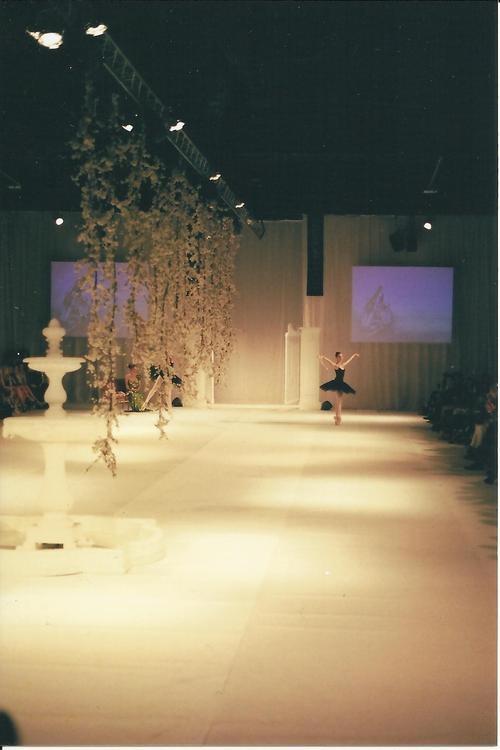 Film Fashion Palette intermission with ballerina on Catwalk - 35mm with Minolta x 570