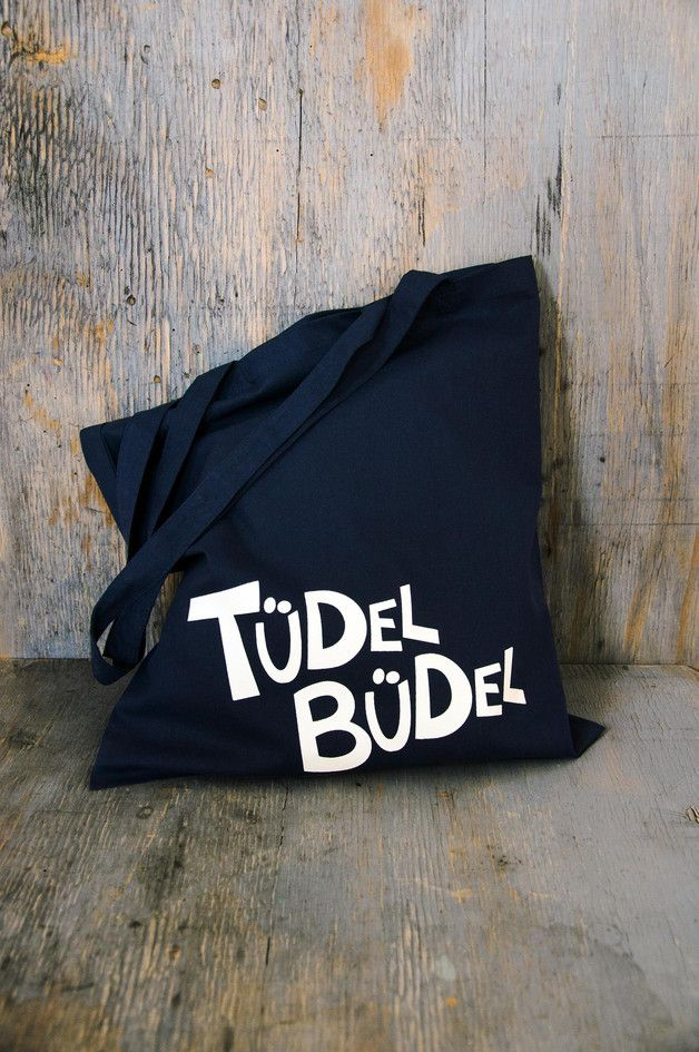 "Trendiger ""Tüdel Büdel""-Jutebeutel in dunkelblau /  Trendy tote bag in dark blue by Krabbenkopp via DaWanda.com"