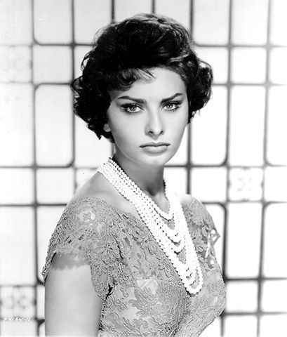 Sophia: Classic Movie, Sophia Loren, Sofia Loren, Style Icons, Wedding Pictures, Faces Shape, Elegant Wedding, Sophialoren, Vintage Style