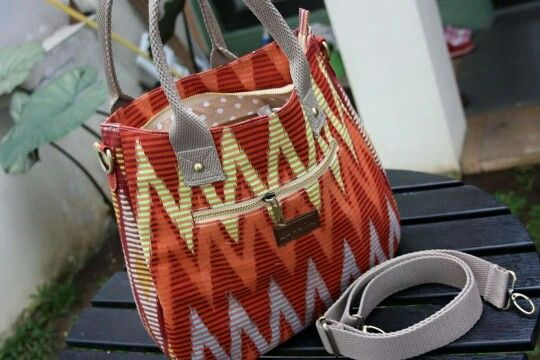 Zaputni Crossbody Bags - Originally Rangrang Fabric, a traditional fabric from Bali Indonesia, awesome!