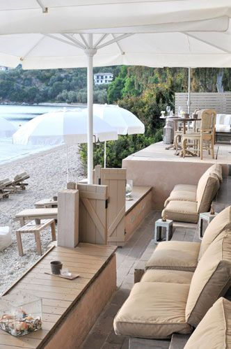 Pelion Beach Bar in Kalifteri beach 6keys Afissos Greece