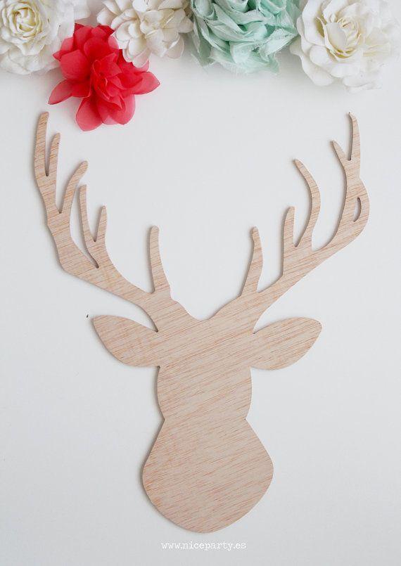 Cabeza de ciervo decorativa de madera por NiceParty en Etsy