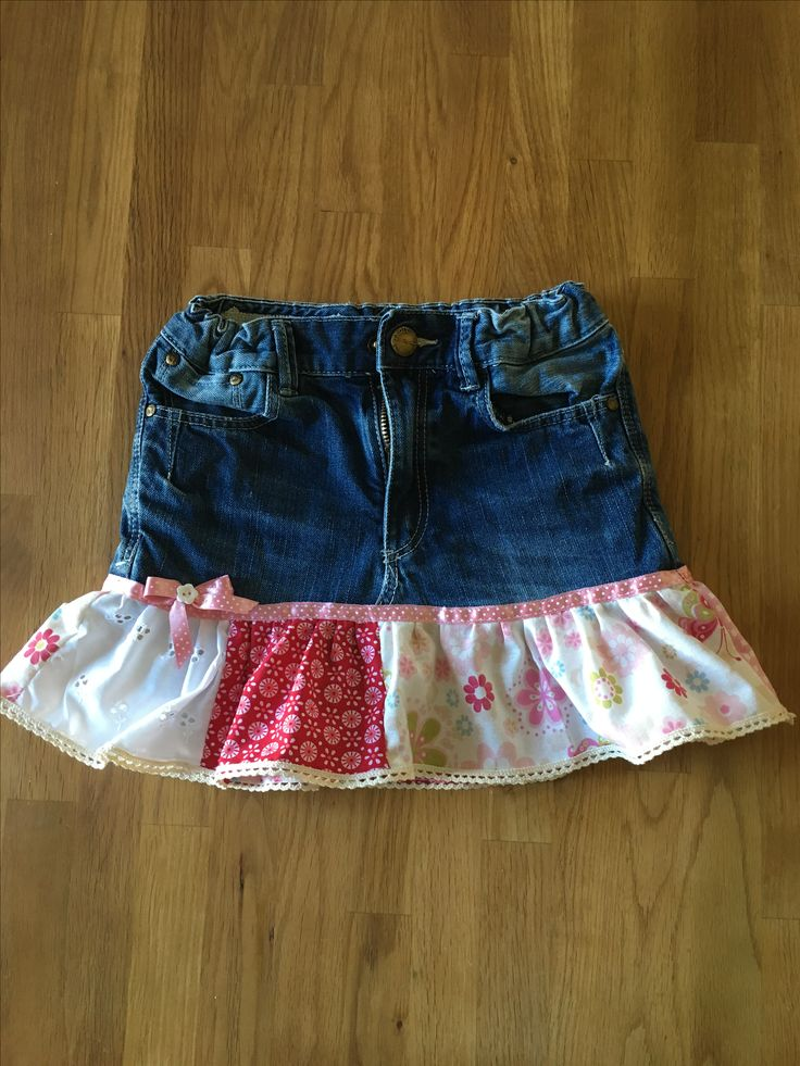 Kids Skirt made of old jeans