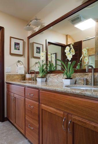 Love This Hawaiian Style Bathroom