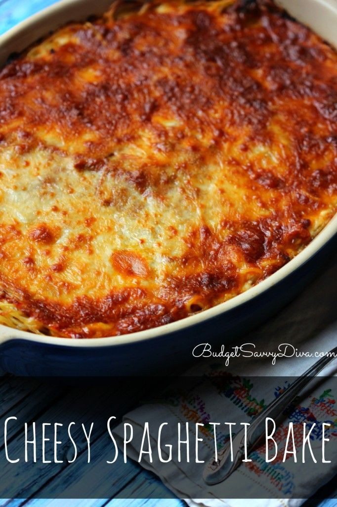 Cheesy Spaghetti Bake RecipeAmazing Baked Spaghetti, Spaghetti Squash, Easy Budgetsavvydiva, Cheesy Pasta Recipes, Cheesy Spaghetti Baking Recipe, Simple Recipes Amazing Meat, Simple Food Ideas Casseroles, Easy Meatless Meals Casseroles, Easy Baked Spaghetti Recipe
