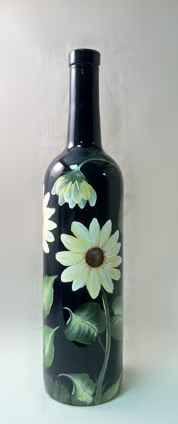 DIY Spray Painted Wine Bottles Up Close #DuVino #wine www.vinoduvino.com