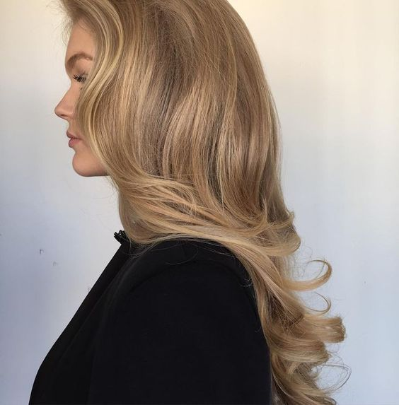 ❤❤❤900 Beauty, Hair, Makeup Inspiration❤❤❤ langes gewelltes Haar, unordentliches Zopf-Hochsteckfrisur-Make-up, langes Haar, blonde Highlights, Chic, Inspiration, Stil