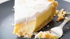 Eine einzigartige Kruste aus Salzcrackern hebt diesen Kuchen von den Mitbewer …   – Pie dessert