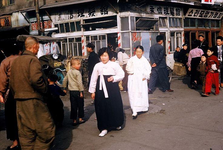 클리앙 > 모두의공원 > 1950년대 서울 (외국인 사진작가 촬영).jpg