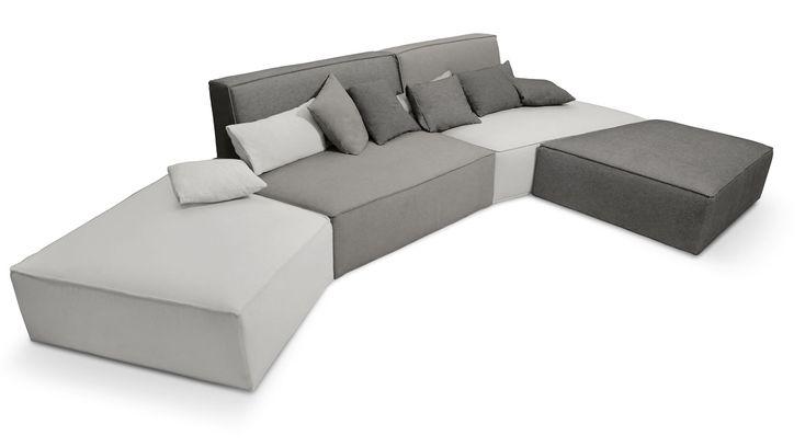 Slide ist das ideale Designersofa für die originelle und komfortable Einrichtung Ihres Wohnzimmers. Modular und ergonomisch passt es sich jedem Raum an.