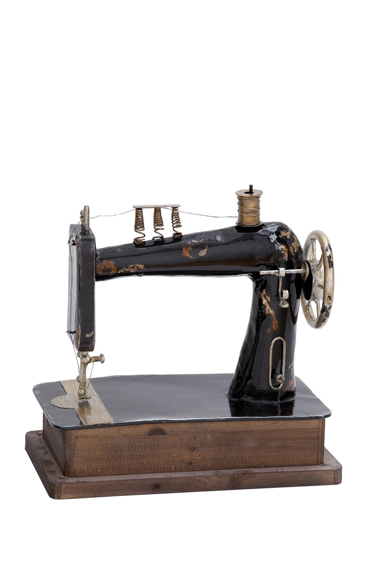 27 best HELP!!! Mystery Sewing Machines images on Pinterest ...