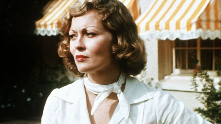 From stylish bank robber Bonnie Parker to hard-hitting TV programmer Diana Christensen, Faye Dunaway has played numerous complex, memorable characters over the years.