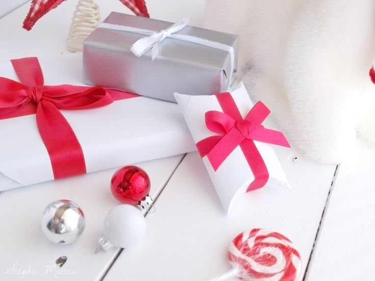 Blogmas Day 11 on Stephii Mattea: Last Minute Gifts Under $25