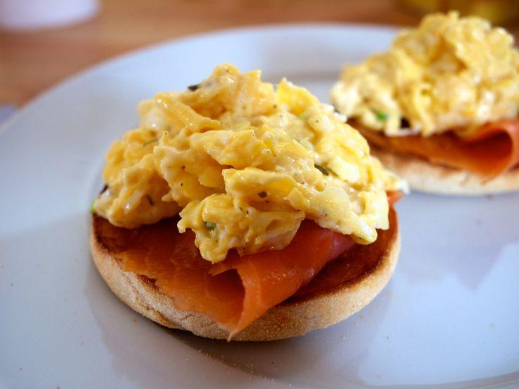 Hvordan lage eggerøre - http://www.matbok.no/hvordan-lage-eggerore/